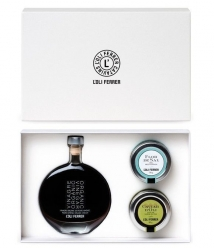 L'Oli Ferrer - Vinegar PX, Olive oil caviar, sea salt