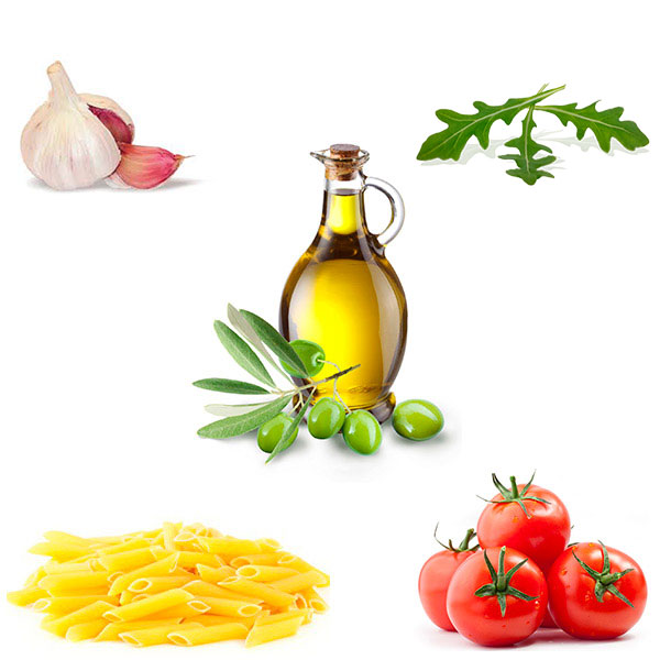 Macarrones, tomate natural, ajo, rúcula y aceite de oliva virgen extra